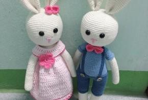 Cặp thỏ Tiny Mini Design khơi lại tình yêu dành cho móc len